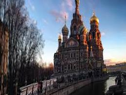 Saint Petersburg is open to tourists. Including those from Poland